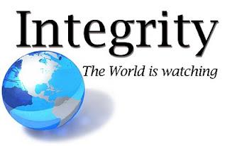 EarnIntegrity.com Logo