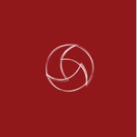 The Round Peg Photography Logo