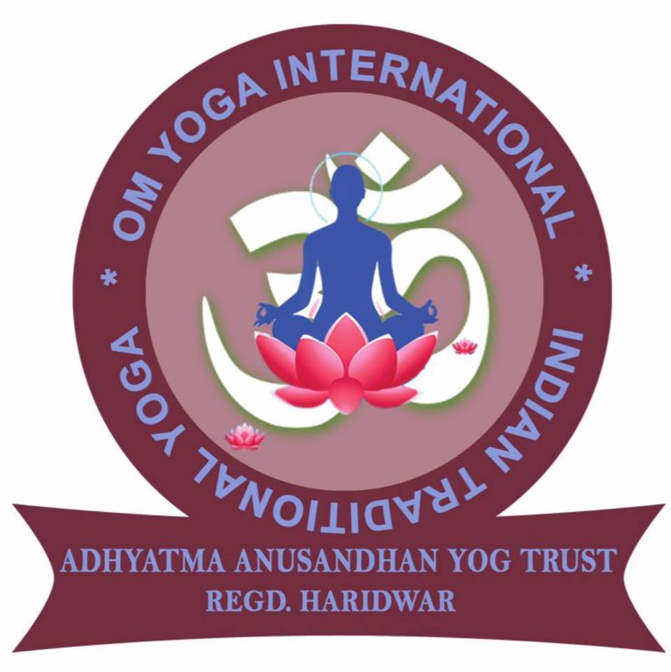 OM YOGA  INTERNATIONAL Logo