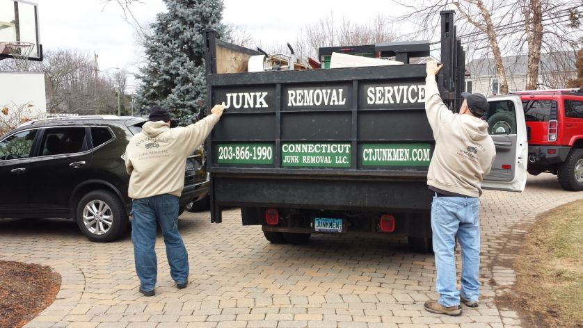 Connecticut Junk Removal LLC Logo