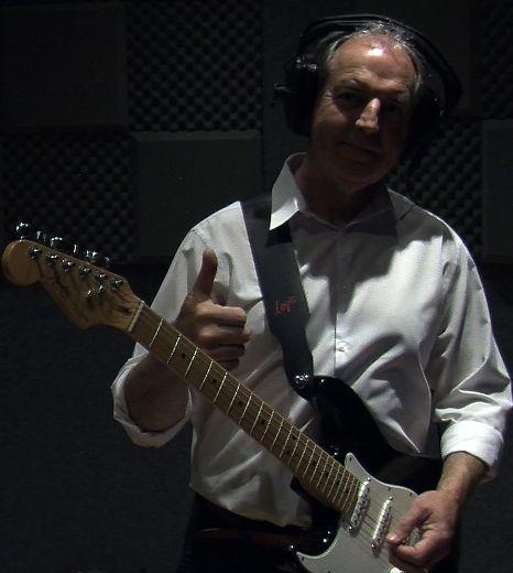 Phillip Foxley - Songwriter & Guitarist Logo