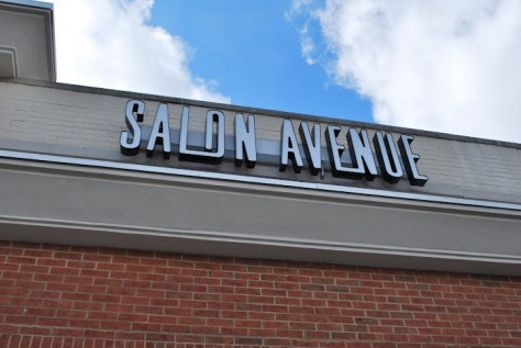 Salon Avenue Suites Logo